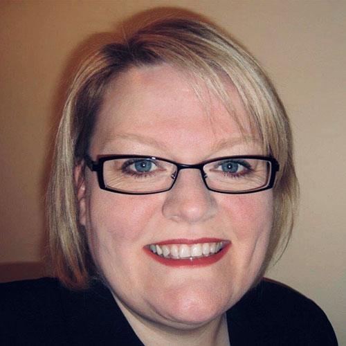 Headshot of Mary McCusker